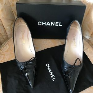 Chanel Black heel Pointy Toes